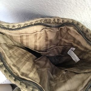 gramicci Bags - Gramicci hand knit purse NWT